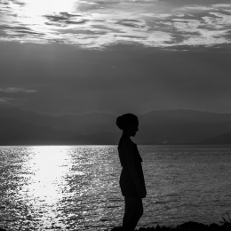 sunset silhouette black and white