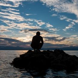 sunset silhouette man- Moalboal - white beach